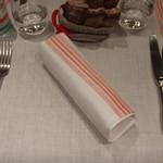 ルグドゥノム ブション リヨネ - テーブルセッティング