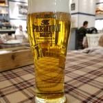 ボングー ターブル - 生ビール・プレミアムモルツ(580円)