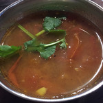 クボカリー - ラッサムはトマトとタマリンド効いた逸品