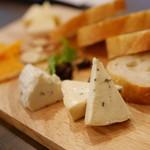 62850433 - 4種チーズ盛り合わせ