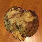 BOULANGERIE Jolly - ゴボウのパン