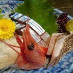 和食 いのうえ - 刺身盛り合わせアップ