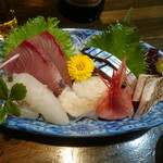 和食 いのうえ - 刺身盛り合わせ 1000円+税