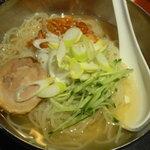 6286040 - 牛角冷麺レギュラー 725円