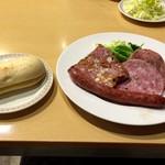 鎌倉点心 - ソーセージプレート 1080円