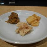 サケショップ フクミツヤ - 味噌チーズ、ふぐ粕漬け、蕗の薹和え