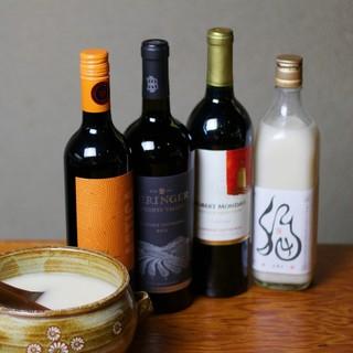 マッコリやワイン、シャンパンなど焼肉に合う飲み物をご用意