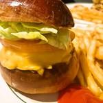 62884023 - チーズバーガー+チーズ