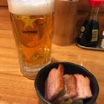 立凪 - お通し 300円 + サッポロ生ビール 420円。