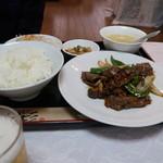 62886986 - 青椒肉絲定食