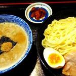 麺屋 暁 - 濃厚魚介つけ麺450g700円