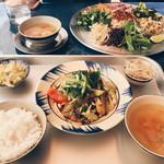 ヨヨナム - ベトナム定食と和え麺
