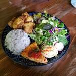 ベルベルカフェ - 料理写真:「BERBER地中海風からあげ定食」1,000円