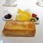 フランス料理/ワインダイニング ラ・ベル・エポック / バロン オークラ - フレンチトースト