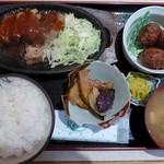 中堀亭  - 日替わり定食:厚切り豚ステーキ&すみいかのゲソすり身揚げ