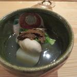 夕食とお酒 あまおと - 酒肴6 聖護院大根と牡蠣の煮物