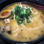支那そば分田上 - 料理写真:「濃厚味噌そば」820円也。税込。