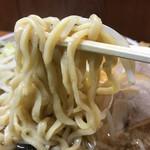 62906774 - 麺箸上げ