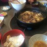 天山閣 - 妻の親子丼の鶏肉は、私が食べました。