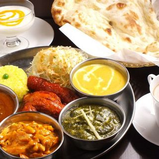 秘伝のスパイスを使用したインド料理が楽しめる