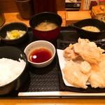 やきとり宮川 - 白い唐揚げ定食1000円