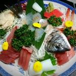 粋な民宿 美岬 - 料理写真:舟盛り(3人前)