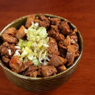 麺や一徳 - 料理写真:ミニチャーシュー丼