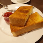 カフェ セジュール - 厚切りトースト