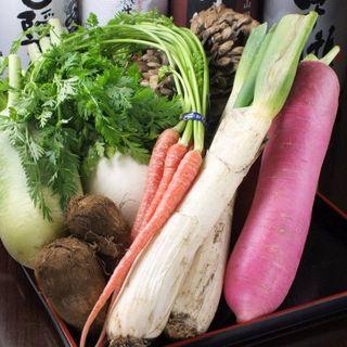 旬の食材で、季節を感じる創作料理をお愉しみください