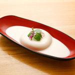 良庵 - 大吟醸 絹仕込み豆腐白玉 620円