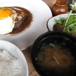 獅子丸 - コンビネーションランチ1500円(ハンバーグ+煮込み)もっそい煮込まれてました。