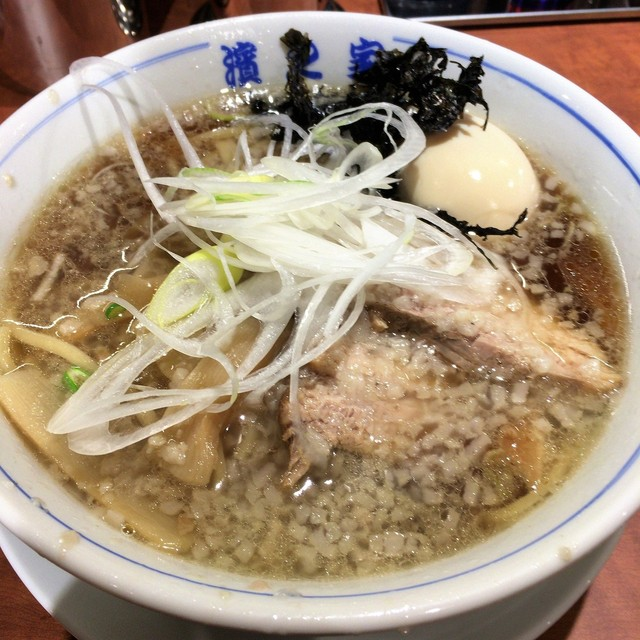 濱之家 - 煮干醤油煮卵ラーメン(850円)