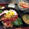 舘漁亭 - 料理写真:おすすめ2色丼(鮪とタコ)