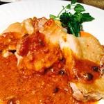 モンマルトル - 鶏もも肉のオーブン焼き
