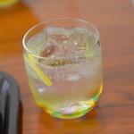 2HACHI - レモン炭酸水