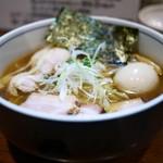 麺処 びぎ屋 - 醤油らーめん全部入り(1000円)