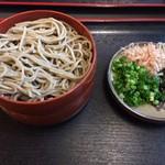 神代そば - 割子蕎麦3段930円