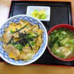 やまふく食堂 - 料理写真:親子丼 630円