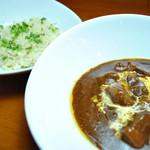 ランチ&バー 花菜 - ビーフシチュー