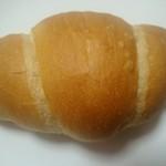 62941931 - 塩バターパン