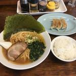 金也 - Aセット(らーめん+餃子3個+小ライス)+のり増し