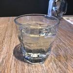 ブッシュウィック べーカリー&グリル - ドリンクバーのりんご酢
