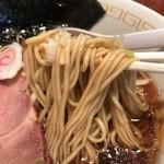 ナルトもメンマもあるけれど - 中華そばの麺