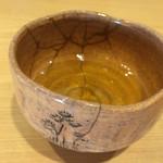 萬御菓子誂處 樫舎 - 水出し番茶