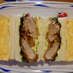 ジュネス - 料理写真:サンドイッチ(玉子とカツの二種類) 740円(税別) お店の方は玉カツと呼んでました。