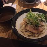 ひかり製麺堂 - ゆず風味のつけ麺