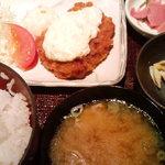 矗々家 - 日替わり定食(¥800)