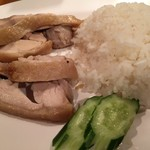 パッポンキッチン - 今日のメインカオマンガイ トリだしご飯が美味