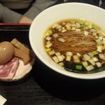 62962317 - 半熟味玉鶏そば(880円)