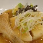 旨唐揚げと居酒メシ ミライザカ - 豆腐とアボカドの塩冷やっこ